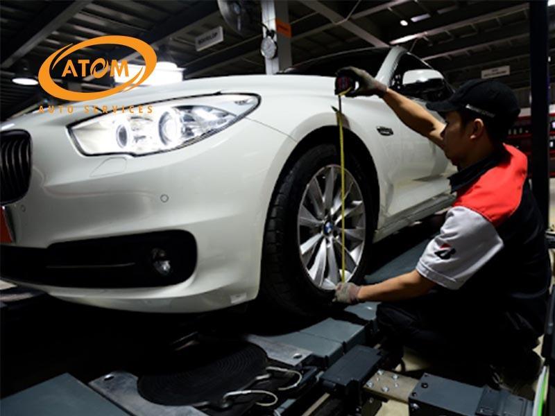 Dịch vụ cân chỉnh thuớc lái tại Atom Auto Services