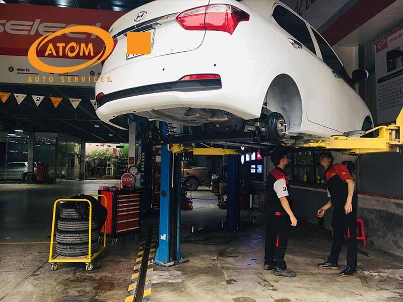 Sơn phủ gầm ô tô tại Atom Auto Services