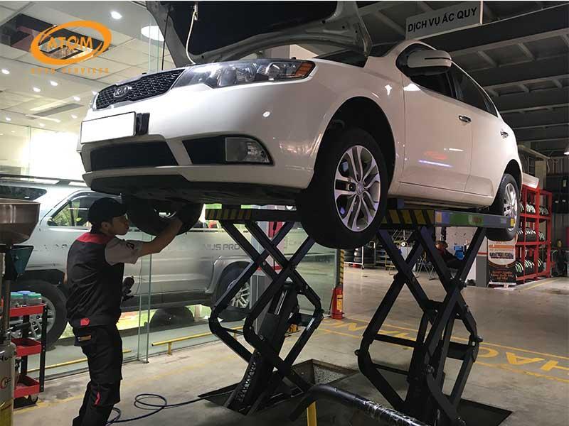 Thay lọc dầu ô tô định kỳ 10.000km/lần