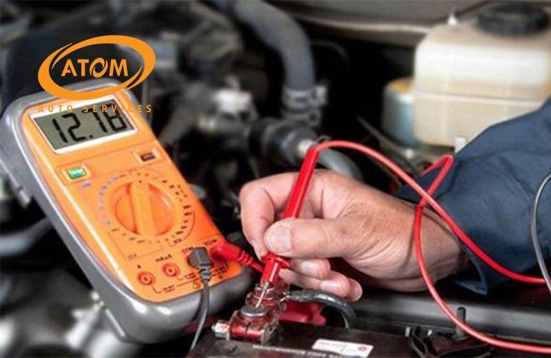 Kiểm tra ắc quy ô tô bằng vôn kế thuận tiện và dễ dàng
