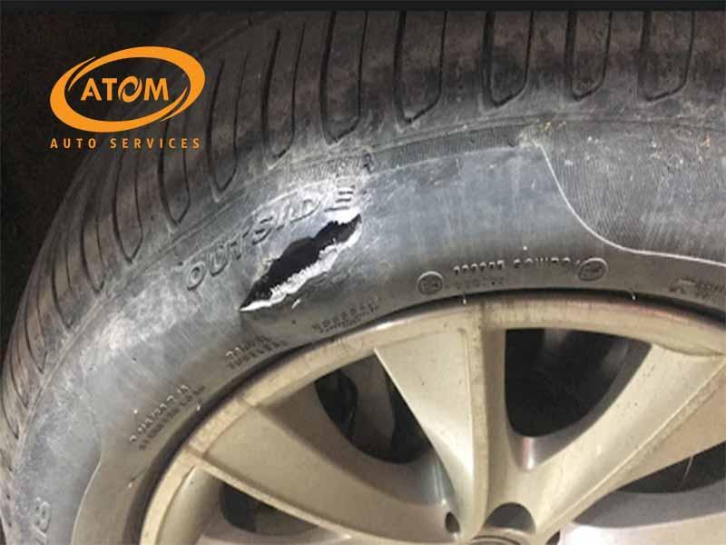 Những sự cố khiến tài xế bắt buộc phải thay lốp mới