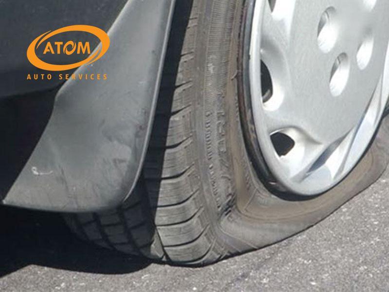 Thường xuyên đỗ xe dưới trời nắng nóng là nguyên nhan hàng đầu khiến lốp xe bị lão hoá nhanh