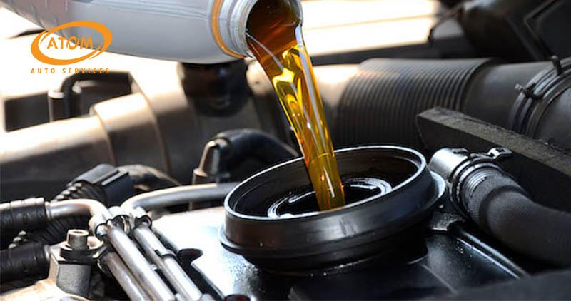 Hướng dẫn thay dầu hộp số sàn ô tô & 3 Lưu ý QUAN TRỌNG