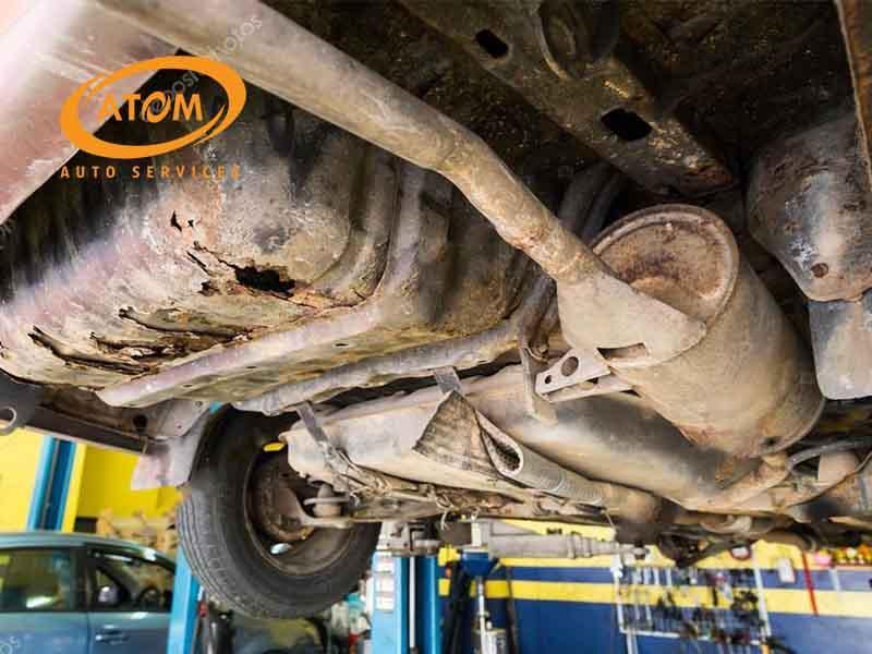 Các chi tiết của gầm xe sẽ bị ăn mòn và rỉ sết nếu không được bảo vệ