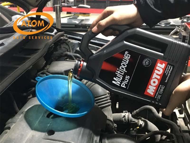 Thay dầu cho xe ô tô mới ngay khi vận hành được 5000km