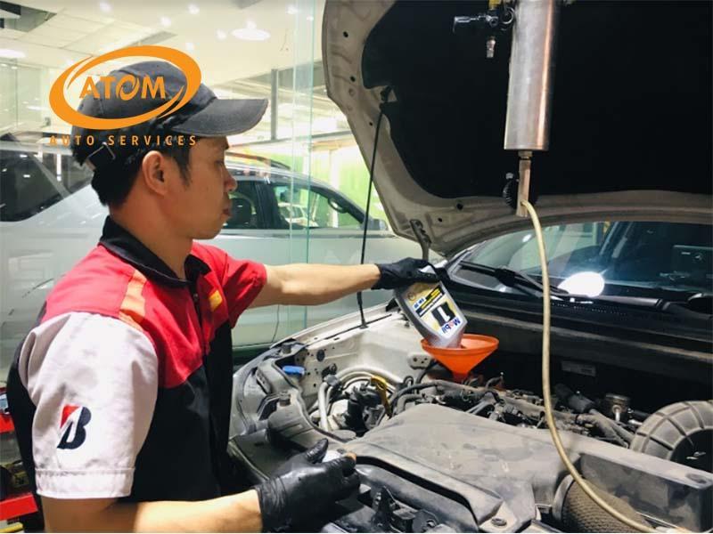 Thay dầu nhớt tại Atom Auto Services để được đảm bảo từ chất lượng đến giá thành