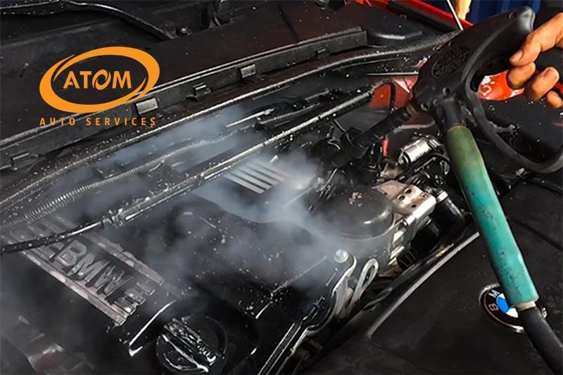 Vệ sinh khoang máy ô tô bằng hơi nước nóng có nhiều ưu điểm