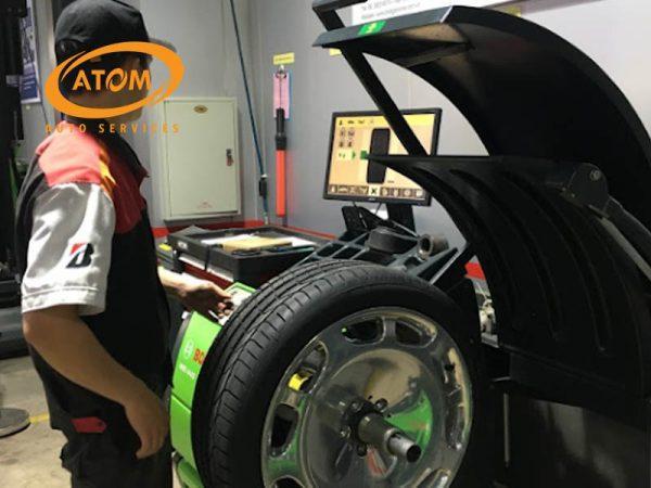 Các trang thiết bị hiện đại giúp cho quá trình thay mới lốp ô tô trở lên an toàn chính xác nhất