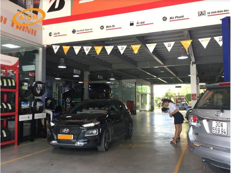 Trung tâm bảo dưỡng xe ô tô uy tín luôn có dịch vụ chăm sóc khách hàng chuyên nghiệp