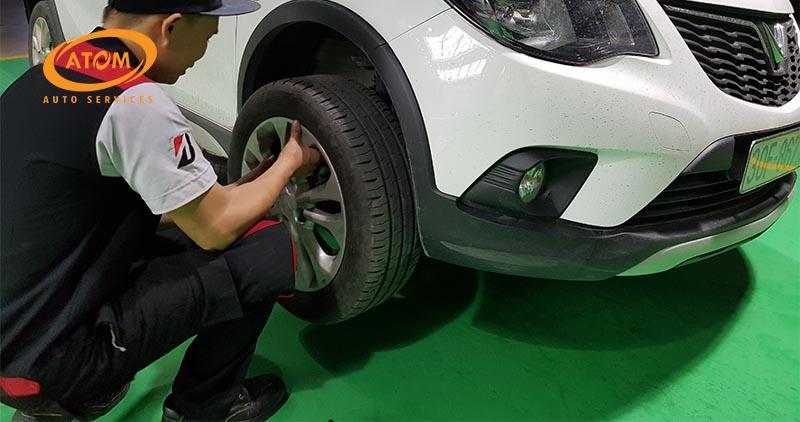 Có nên thay 1 lốp xe ô tô? Tuyệt đối không bởi 3 lý do sau