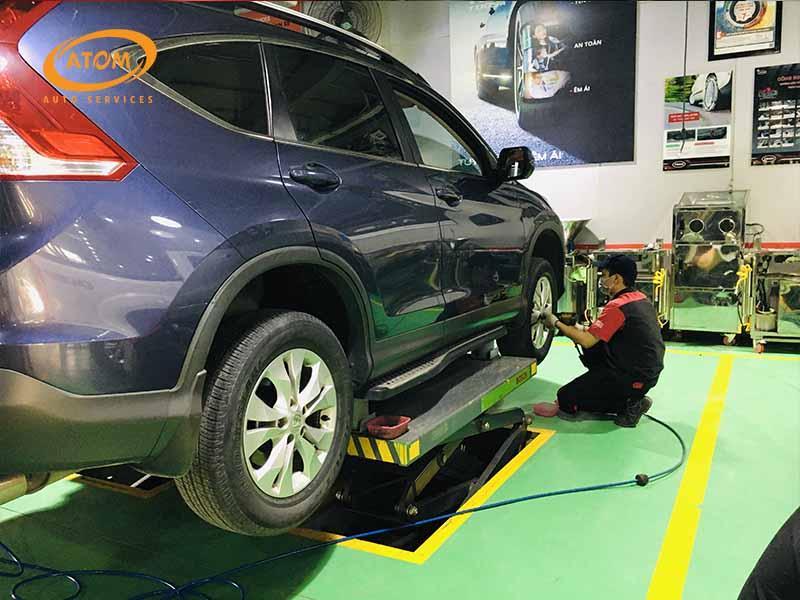Lựa chọn thay thế lốp ô tô tại các đại lý uy tín