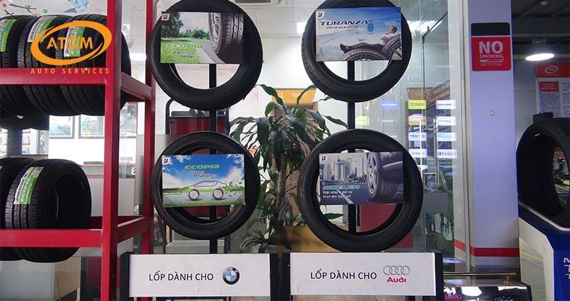 Thay lốp ô tô bao nhiêu tiền? Bảng giá lốp xe ô tô 2020