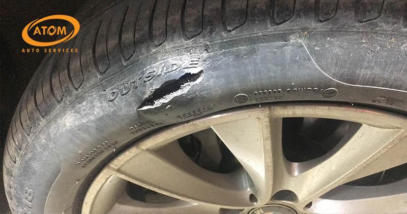 Xe ô tô ăn lốp